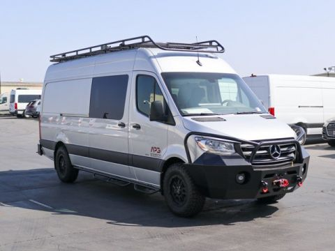 New 2019 Mercedes-Benz Sprinter 2500 Crew Van w/ APG Adventure Package