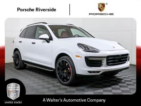 Pre-Owned 2017 Porsche Cayenne Turbo